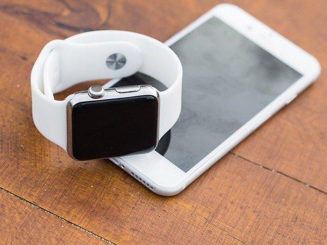 バイタルデータとApple Watchの種類別センサーの比較を紹介します